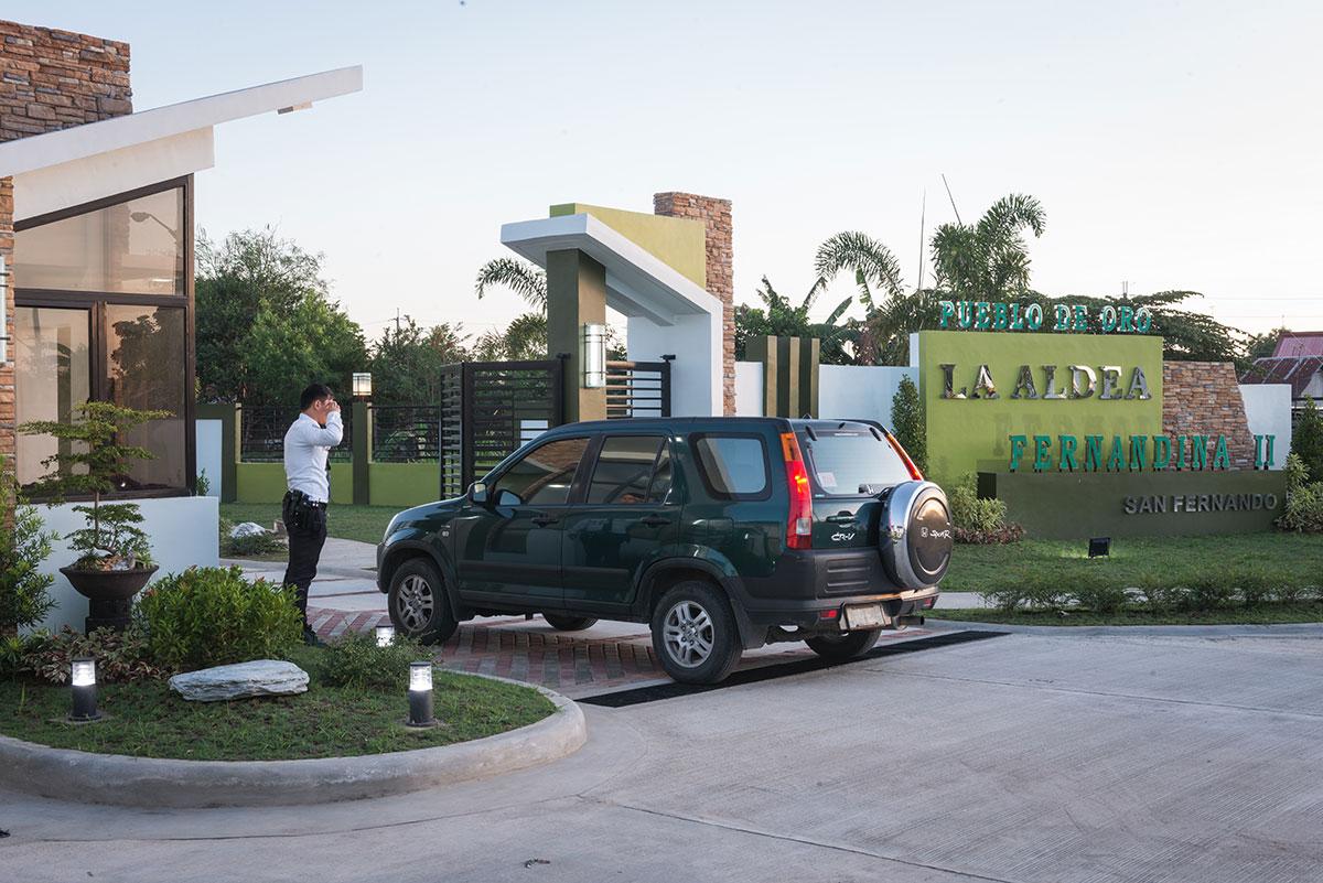 La Aldea Fernandina Ii Gate