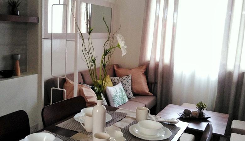 Living Room Bamboo Lane