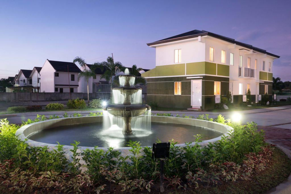 New Community Rises in Pampanga