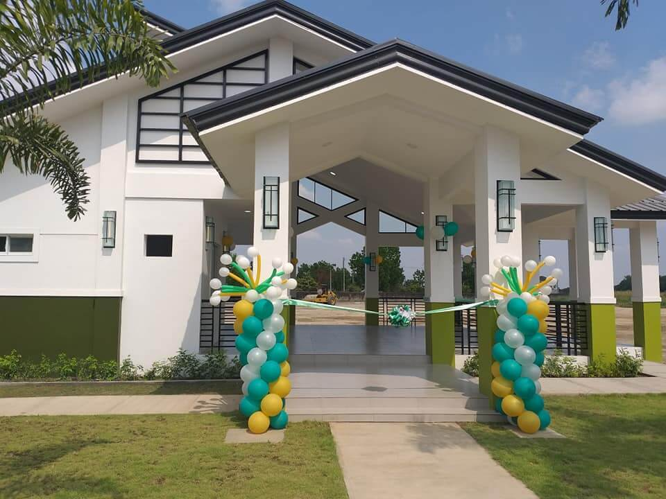 LAF2 Opens New Clubhouse