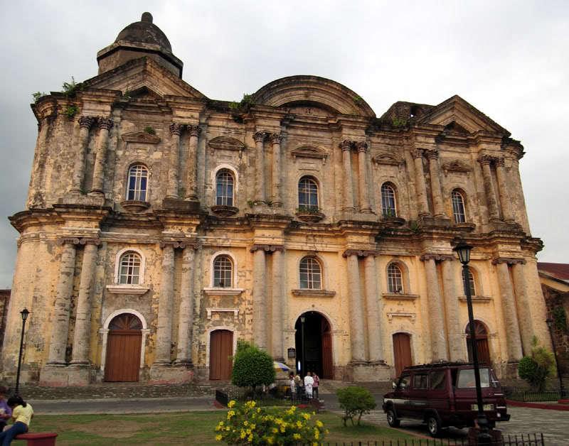Basilica de San Martin de Tours in the Philippines